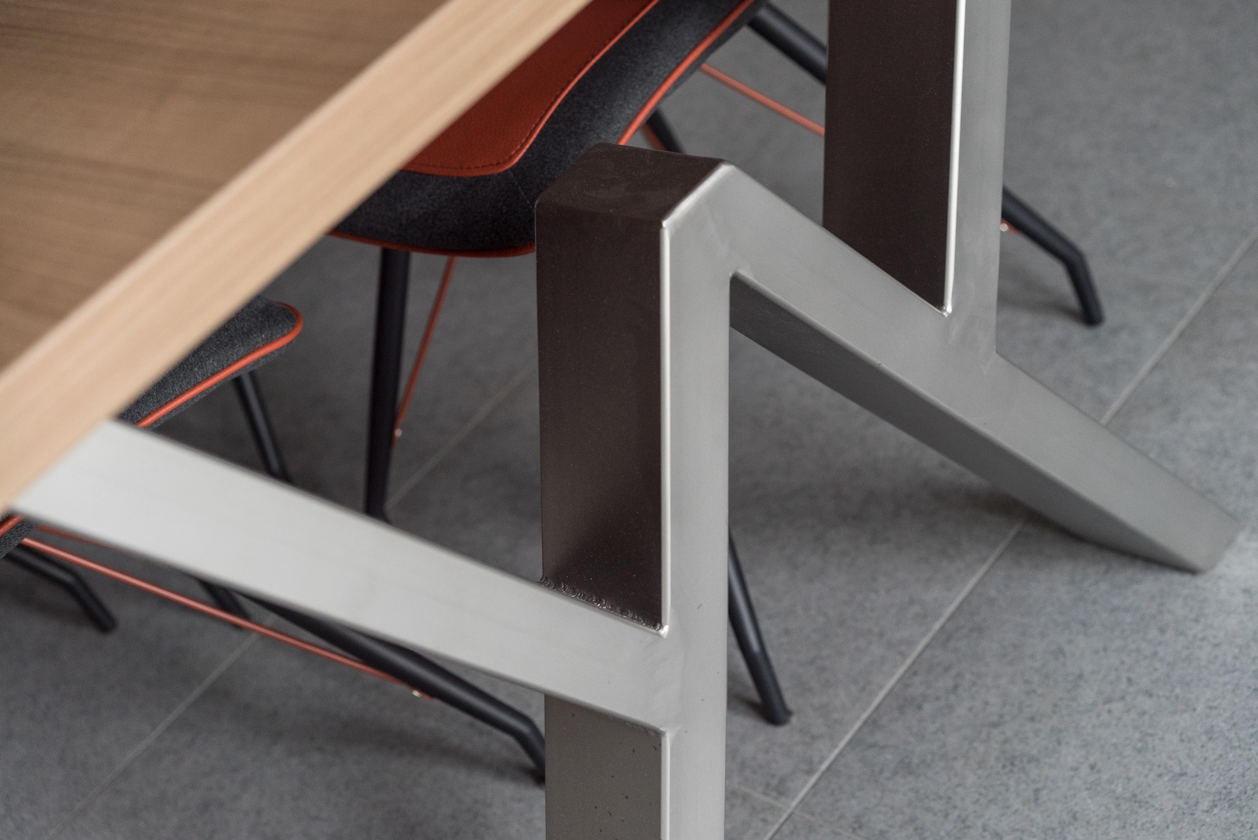 Design apparaten fabrikage waalwijk bv for Fvb interieur designs bv
